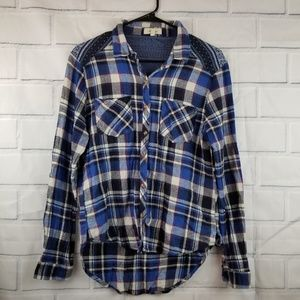 Love notes button up blue plaid ahirt size L